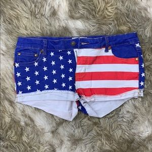 TIPSY ELVES PATRIOTIC SHORTS